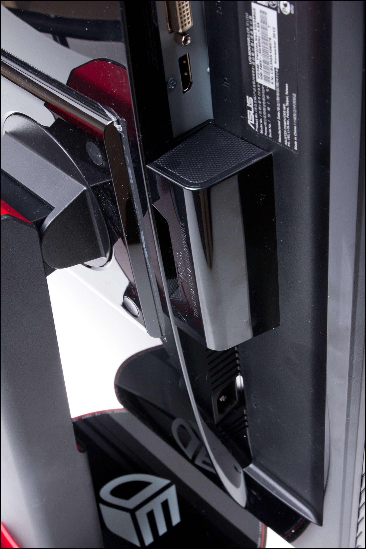Skjermen kan vendes og vris i alle retninger.Foto: Rolf B. Wegner, Hardware.no