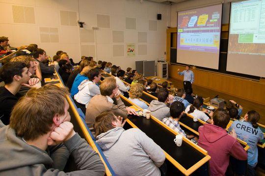 Fra dagen@ifi 2006  Foto: Eivind Hasle Amundsen