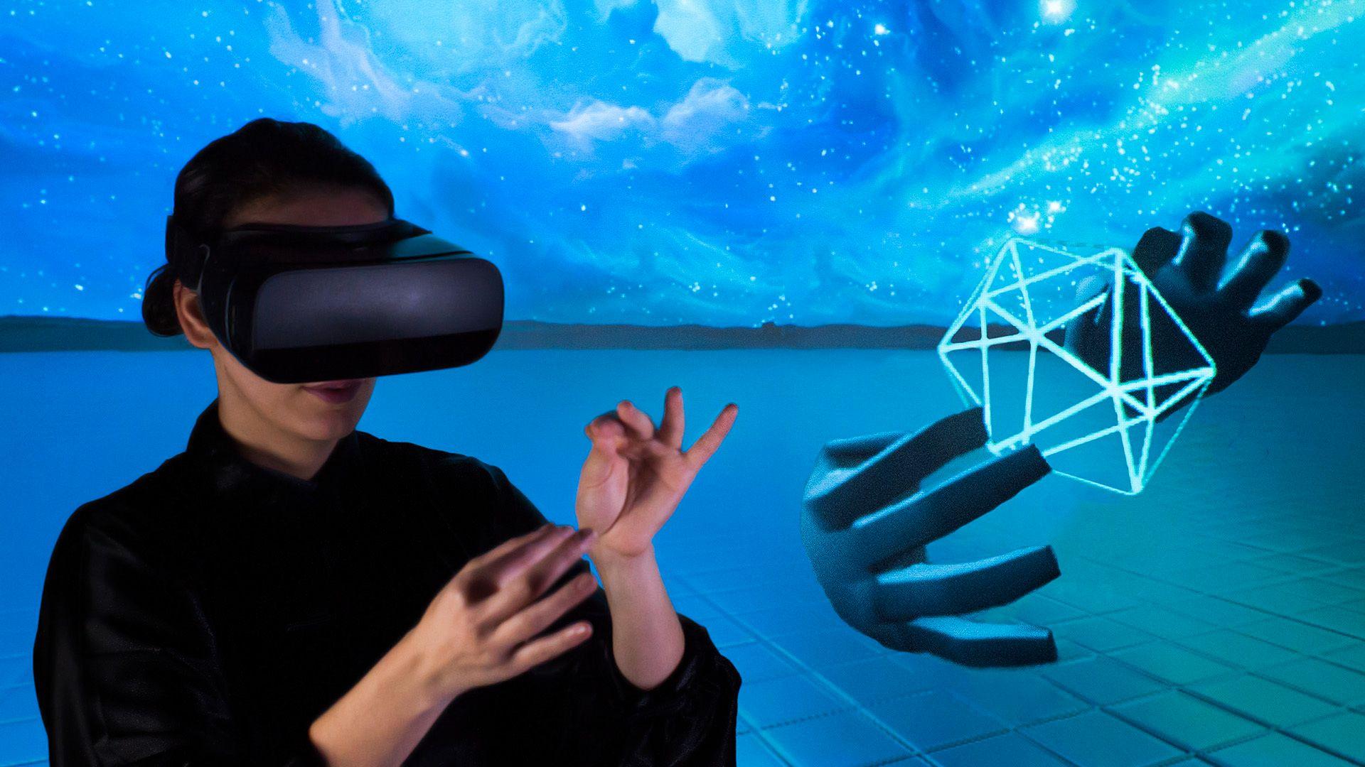 Med Leap Motion-teknologien kan du bruke hendene dine på en naturlig måte med mobile VR-briller. Dette er et urelatert illustrasjonsbilde fra Leap Motion.