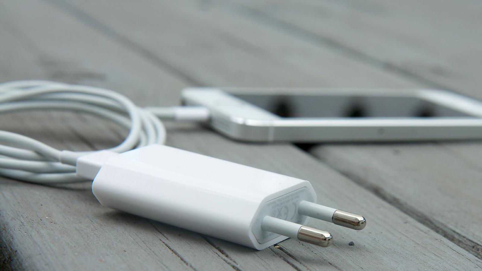 Slik får du trådløs lading til iPhone for 149 kroner