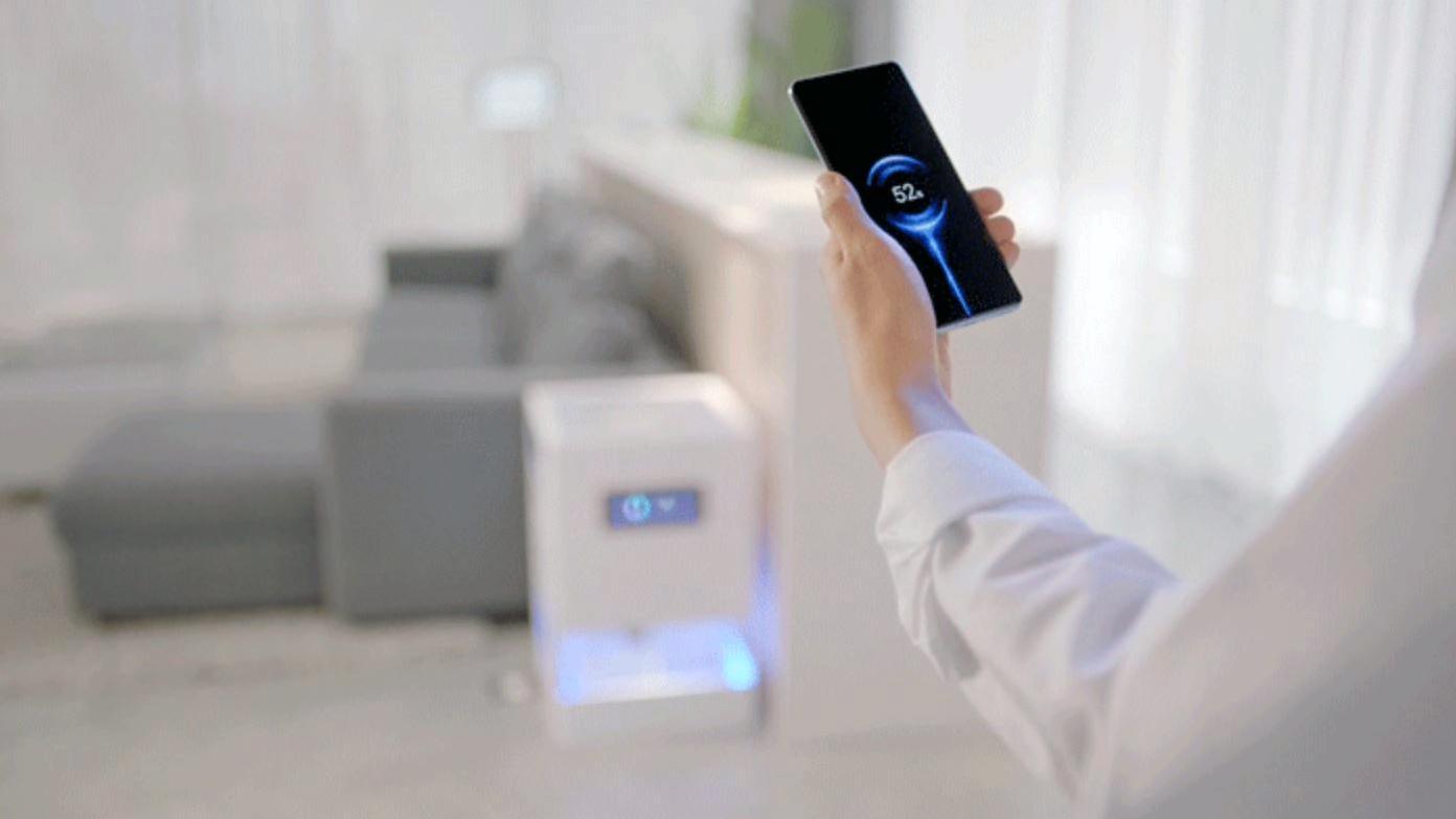 Xiaomi avslørte system som kan lade dingser på flere meters avstand