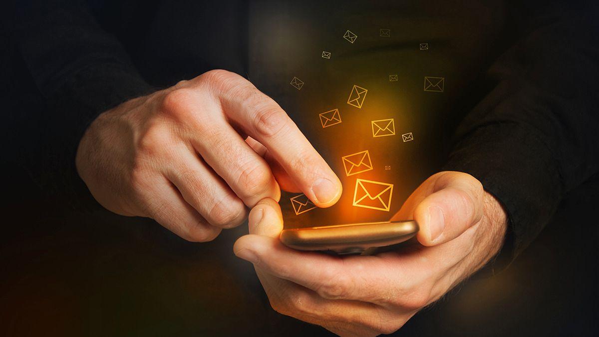 Slik kan svindlere få mobilen din til å ringe svindyre numre