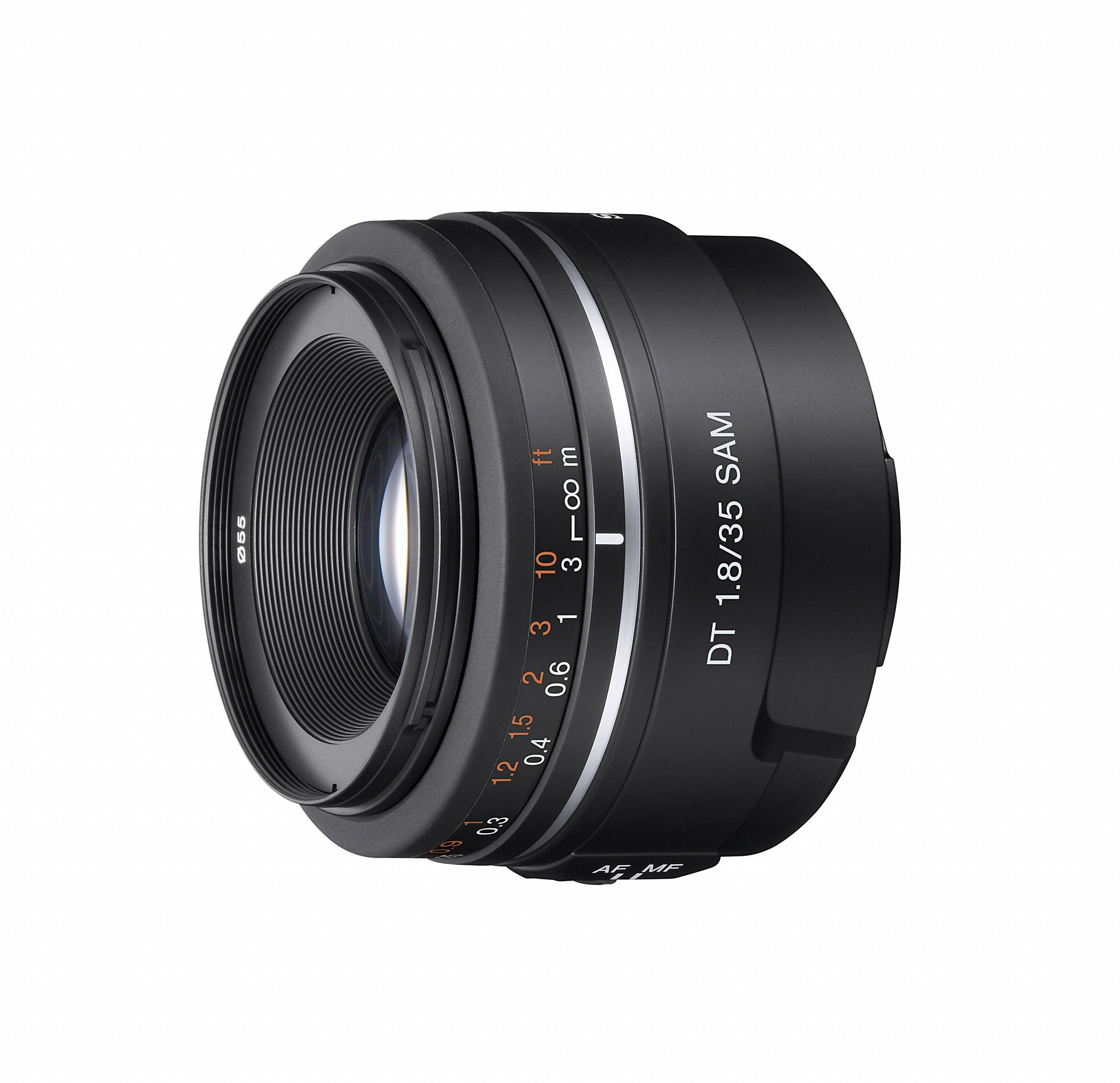 DT 35mm f/1.8 SAM