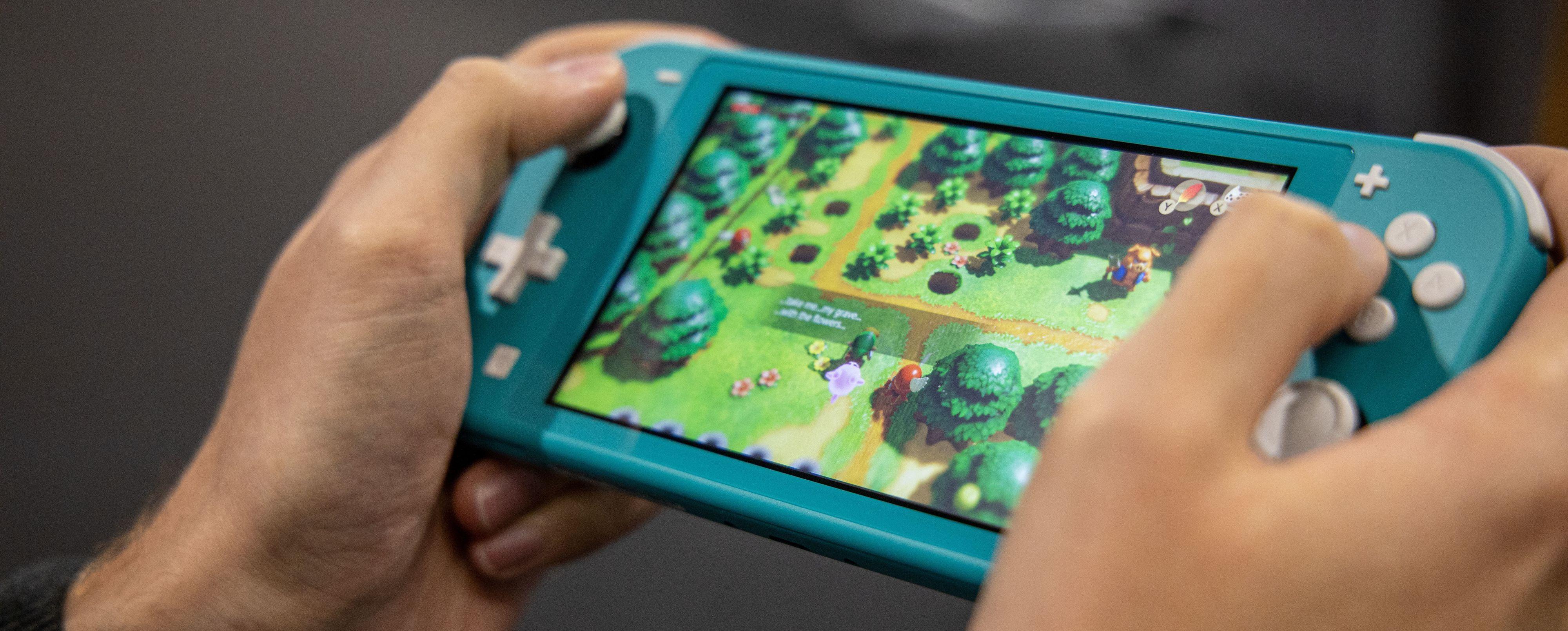 Det ble ganske mange timer med Link's Awakening i testperioden, men også en rekke andre spill, som Tetris 99, Zelda Breath of the Wild og Super Mario Odyssey.