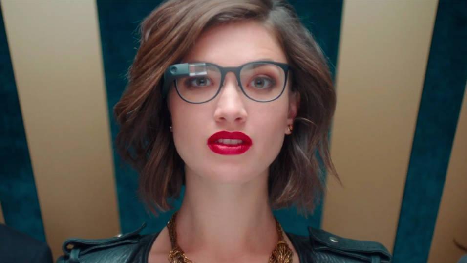 Kombinert med spesiallagde innfatninger ser Google Glass litt mer normalt ut.