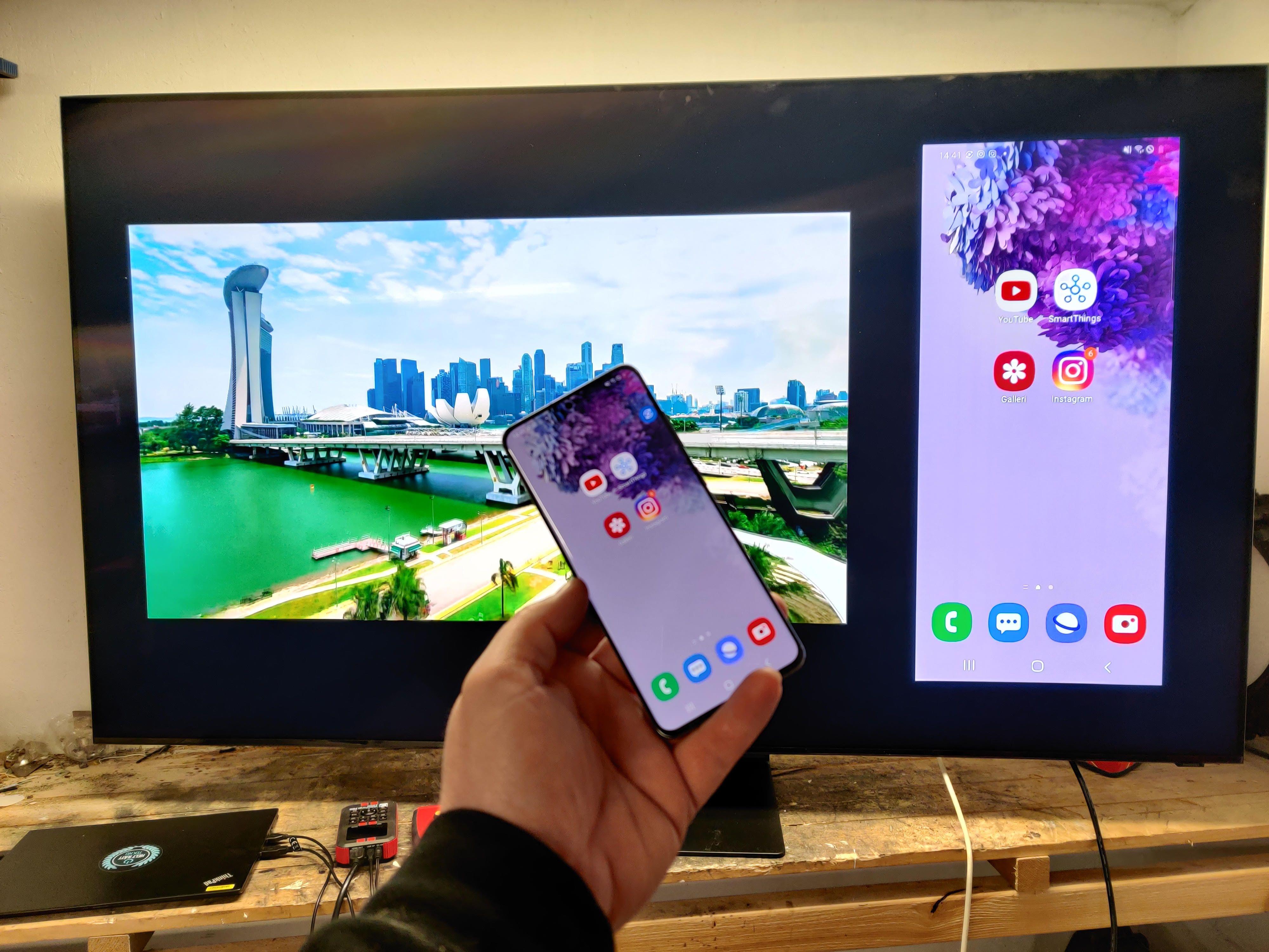 Du kan enkelte speile telefonen din på TV-en.