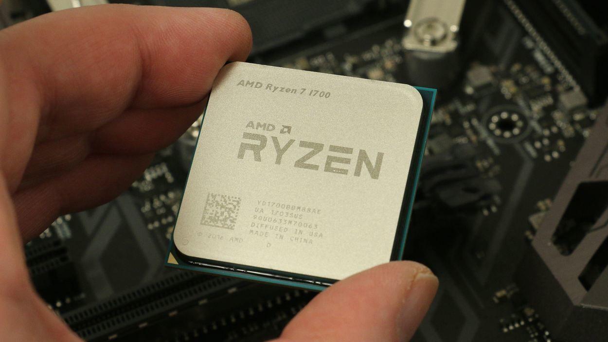 Første generasjon Ryzen-prosessorer, som avbildet, blir avløst i april. Bilde: Anders Brattensborg Smedsrud, Tek.no