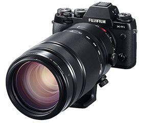 100-400-objektivet blir stort på Fujifilms ellers kompakte systemkameraer.