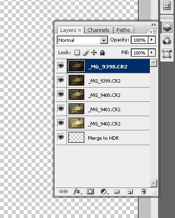 Layers-paletten avslører hvordan Photoshop jobber når man bruker Merge to HDR.