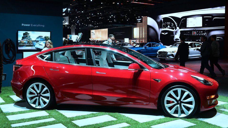 Klarte å hacke Tesla Model 3