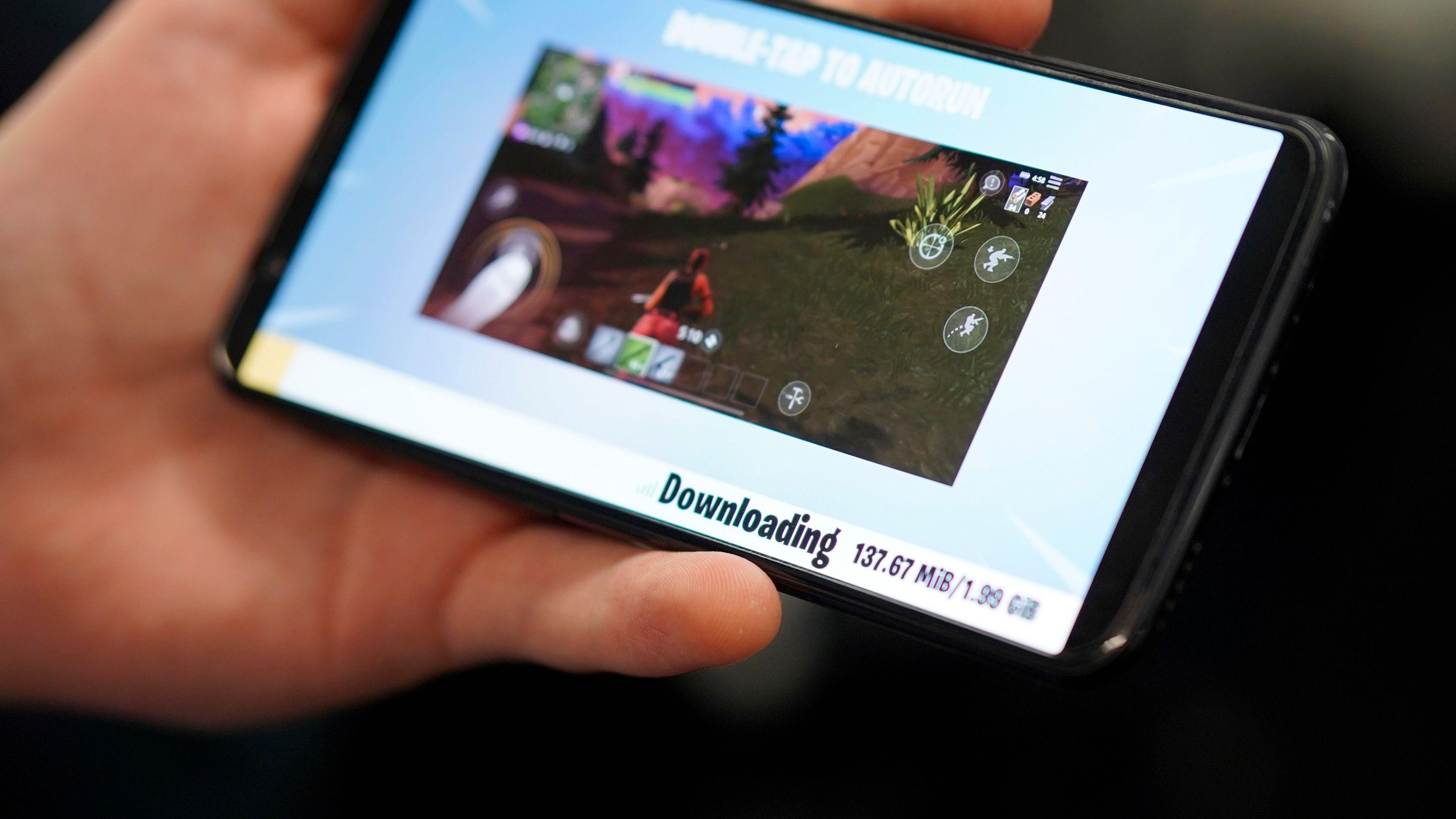 Selve app-installasjonen går fort unna, men å laste ned innholdet kan ta sin tid, avhengig av nettlinja di.