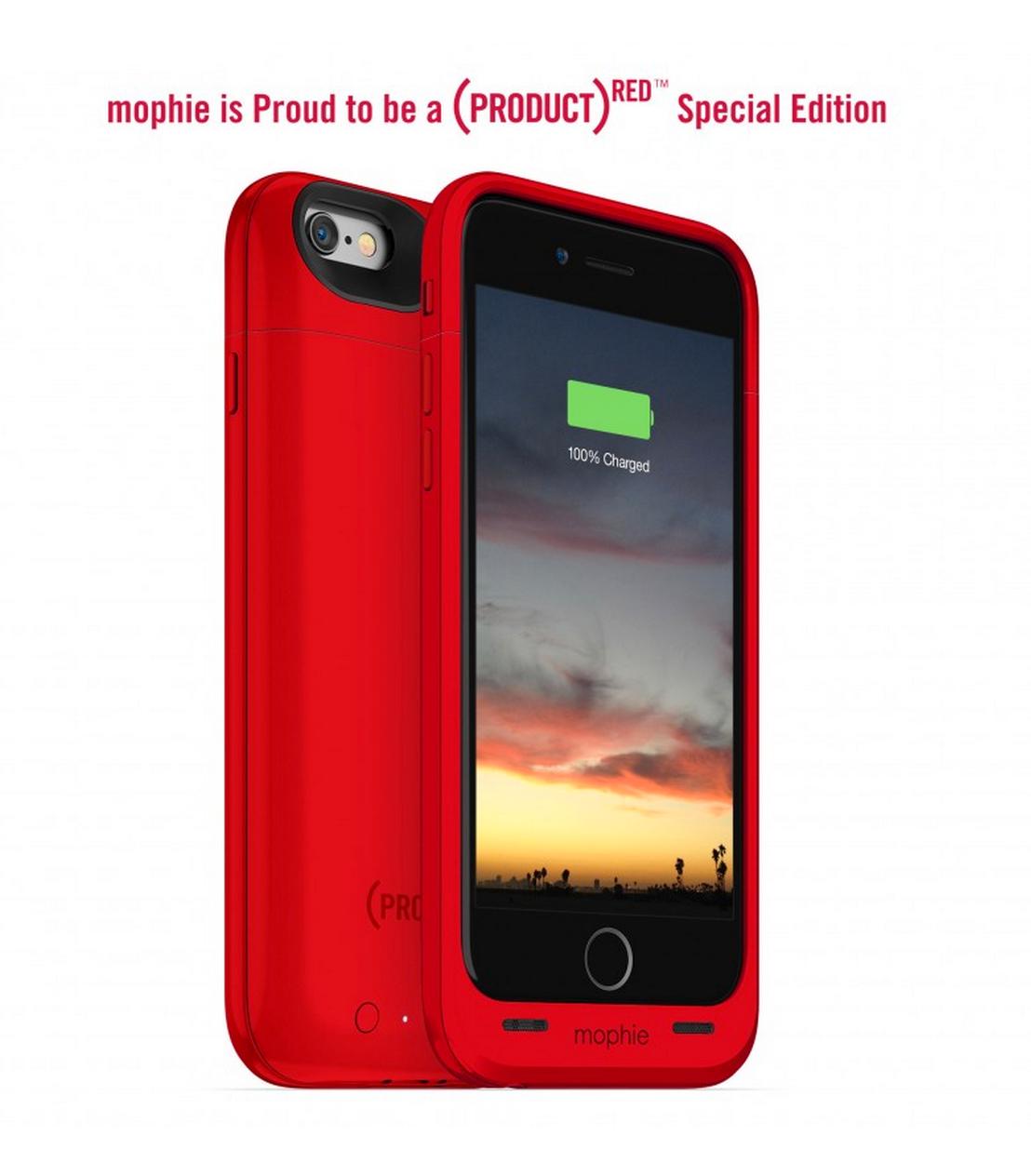 Mophie Juice Pack Air fåes i 8 forskjellige farger, deriblant denne røde Apple-fargen, som går til inntekt for kreftbekjempelse. Foto: Mophie