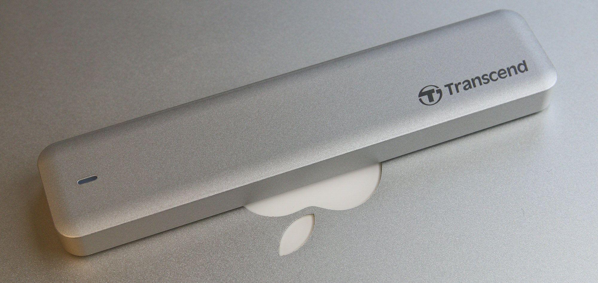 Med eksternt kabinett i matchende metall er det klart at JetDrive er skapt for Mac.Foto: Vegar Jansen, Hardware.no