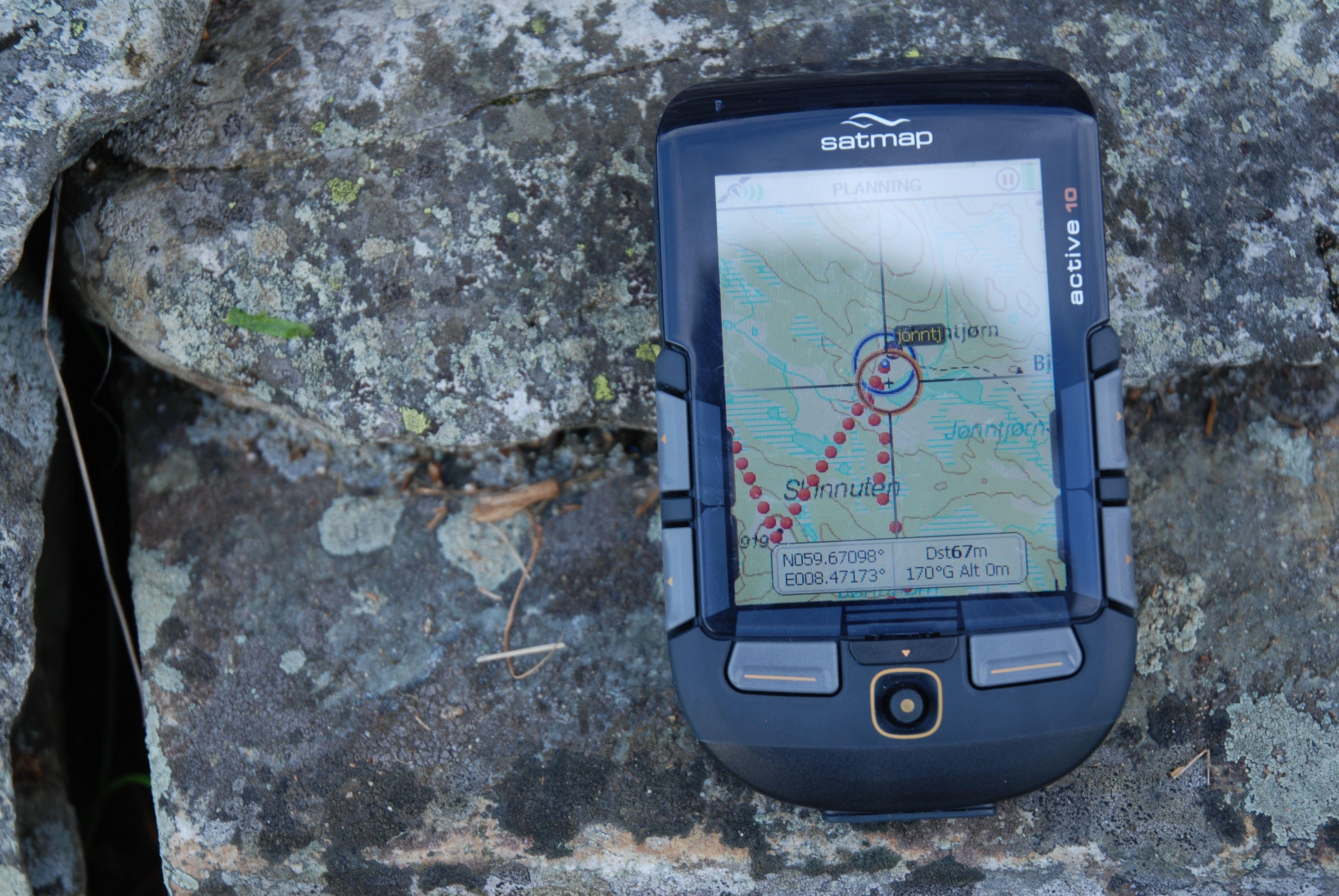 Til denne GPS-en får du ikke vektorkart, og dermed er det ikke like pent og oversiktlig som i de andre GPS-ene.