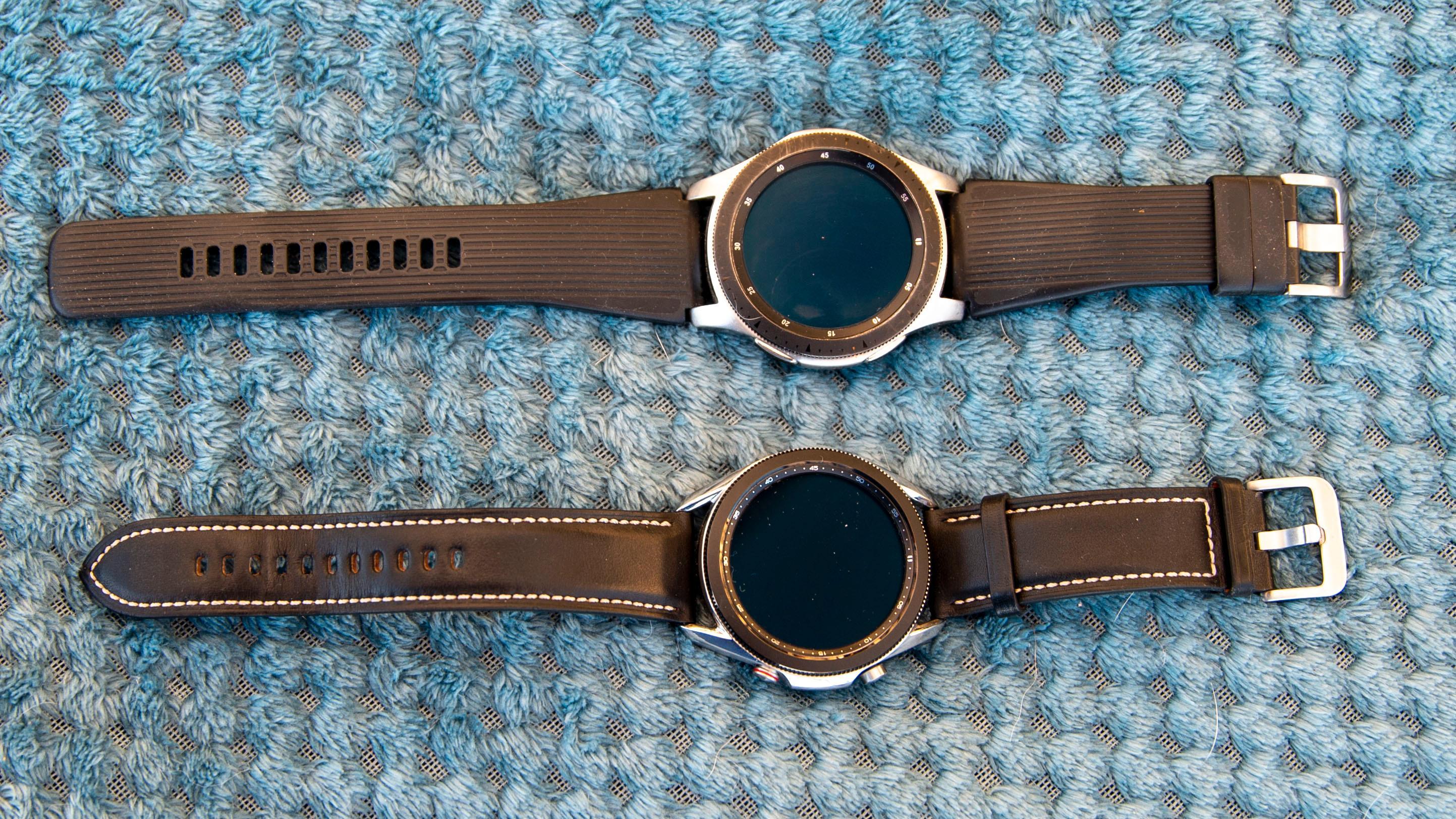 Her der du Galaxy Watch (øverst) og Galaxy Watch 3