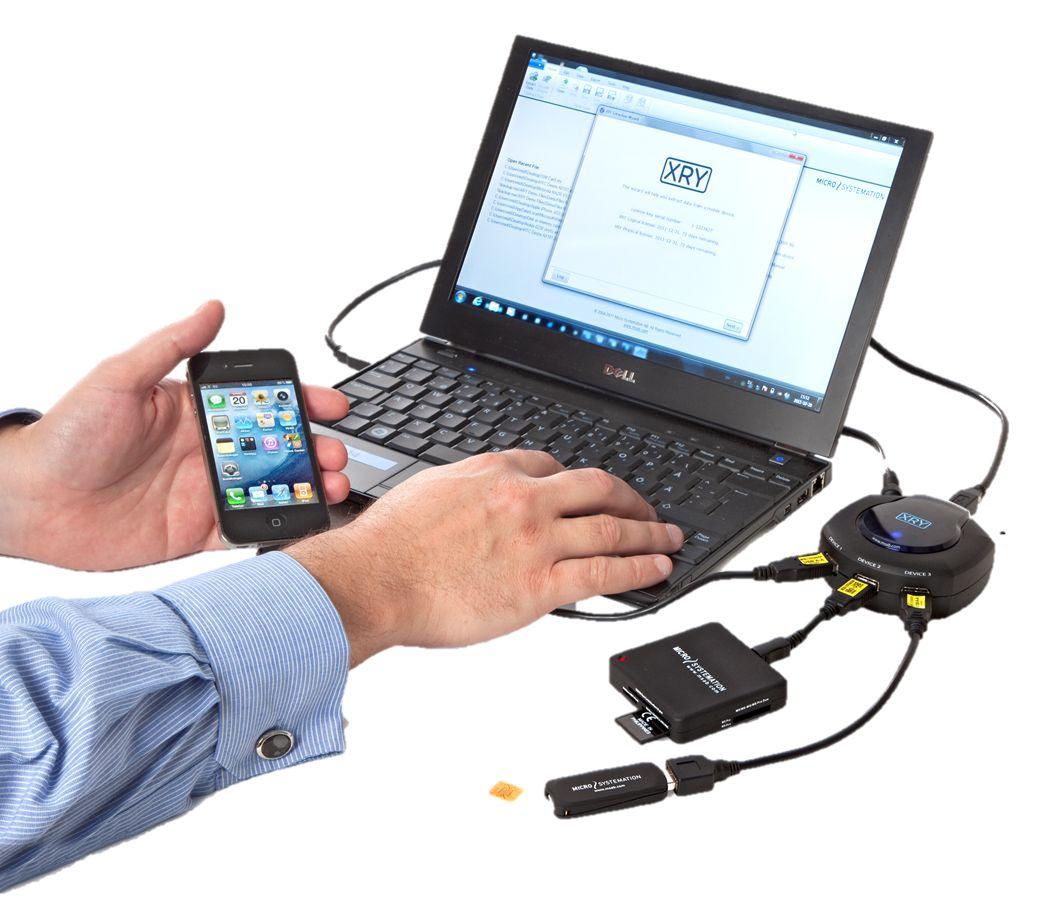 XRY består av programvare og en liten boks som kobles til en PC. Ifølge produsenten skal løsningen støtte mer enn 6.600 ulike