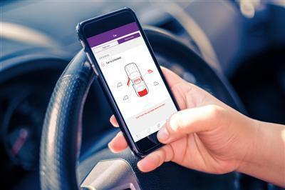 Løsningen vil blant annet gjøre det mulig å holde kontroll på bilens tilstand via en mobilapplikasjon. Foto: TeliaSonera