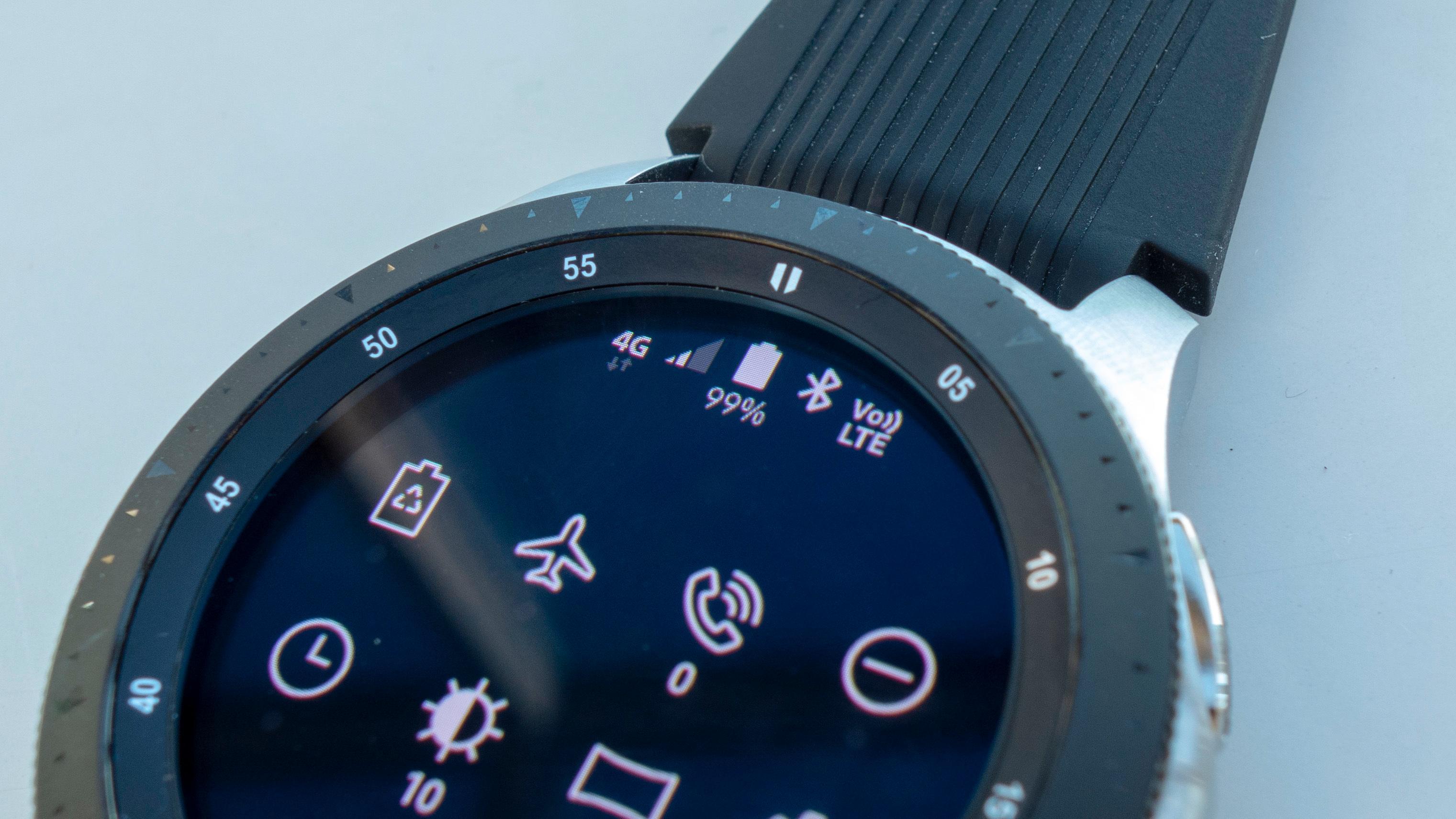 Med eSIM kan du bruke klokken på mobilnettet uten at den trenger å være knyttet til mobilen
