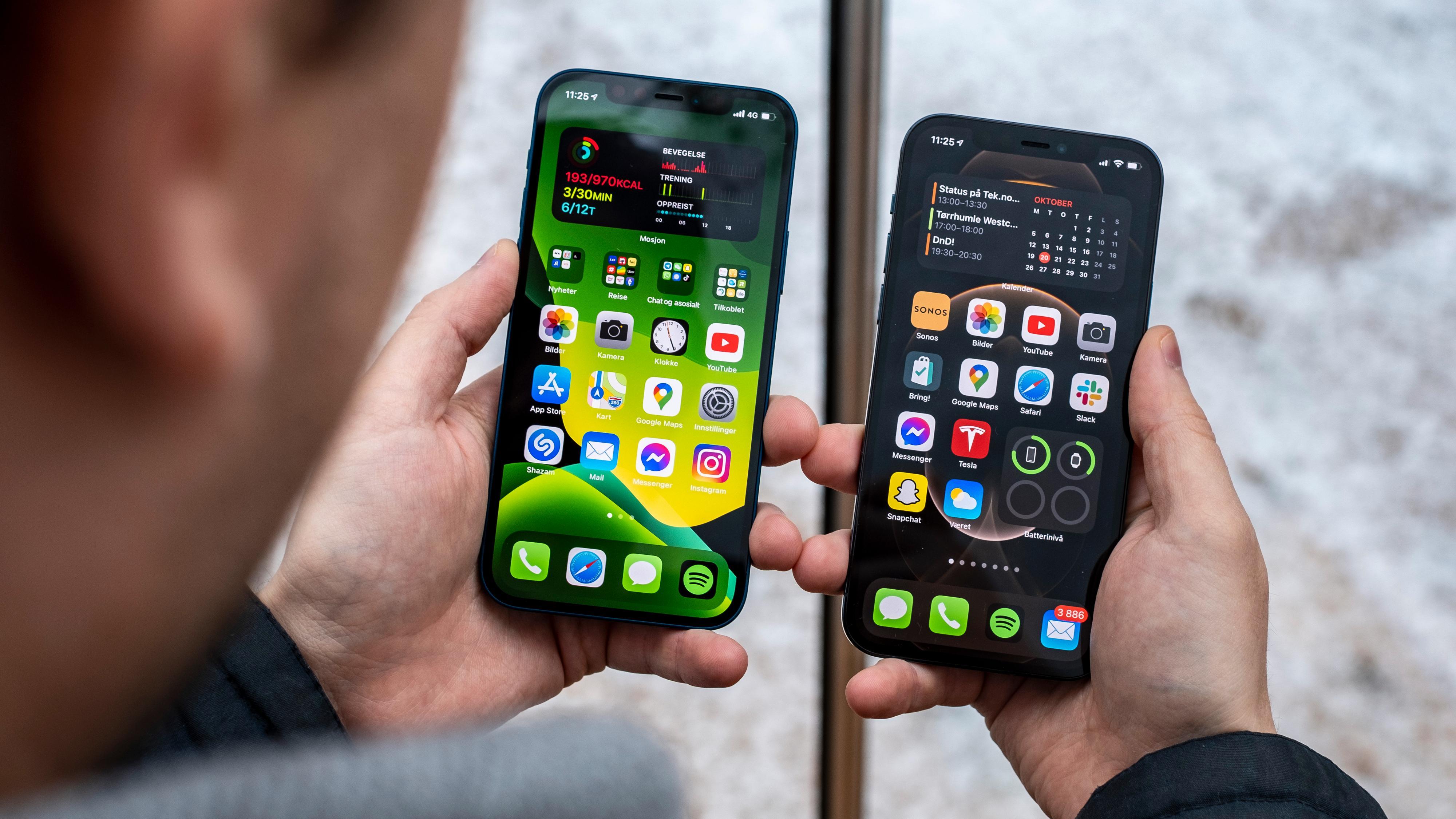 iPhone 12 til venstre, iPhone 12 Pro til høyre. Skal du være sikker på om du ser på en iPhone 12 eller Pro-versjonen bør du nesten se på de to telefonene bakfra, der antall kamera og sensorer tydelig skiller dem, i tillegg til fargene hvis du vet hvilke som er i Apples fargekart.