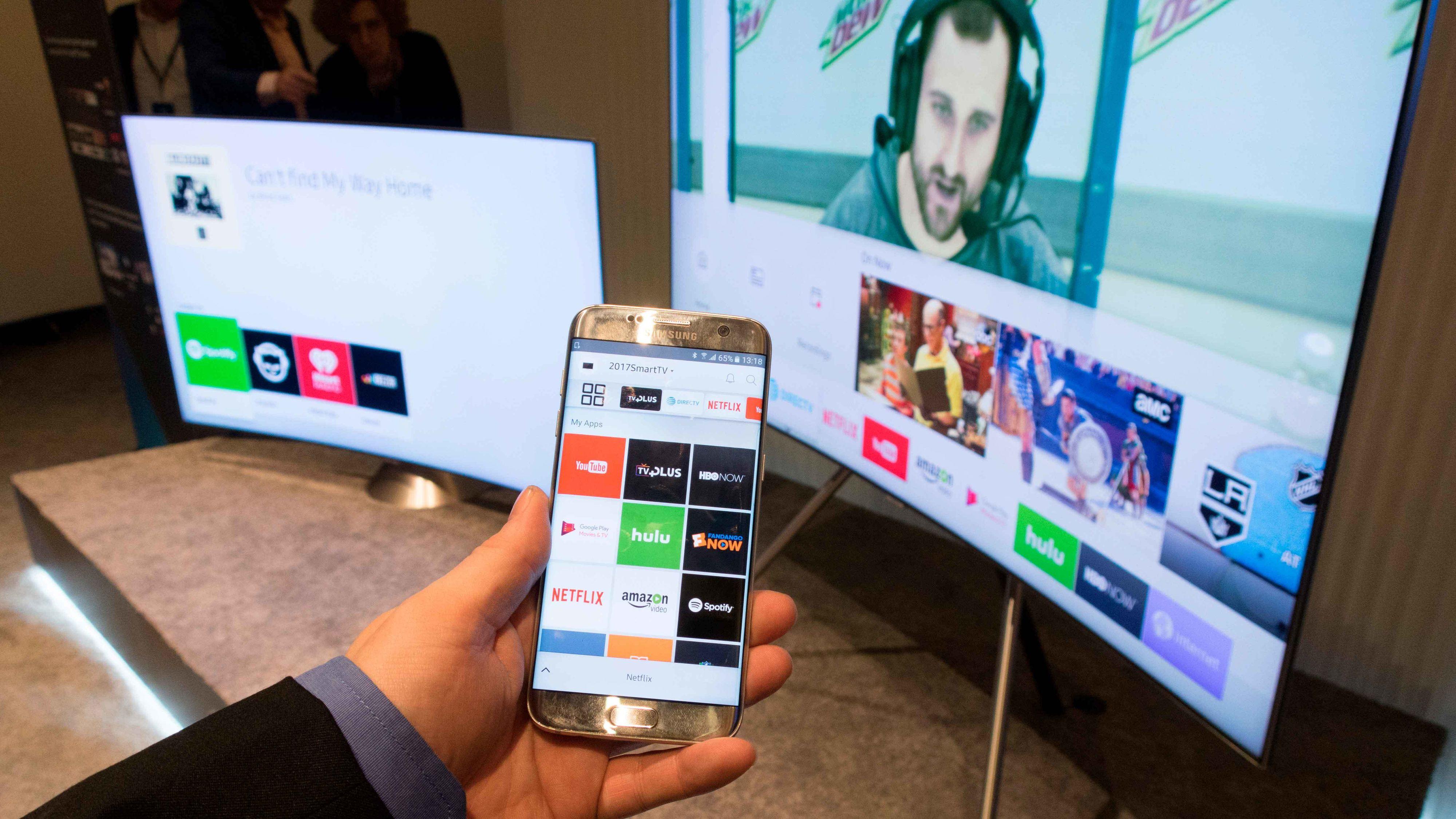 Med en egen app kan du styre i menyene til TV-en.