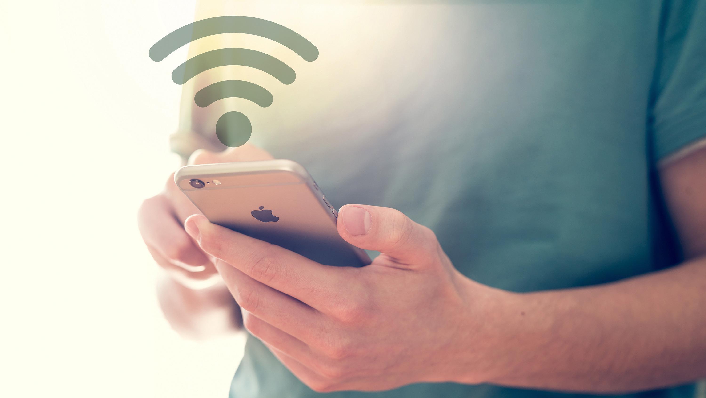 Nå vil snart telefonen bytte mellom 4G og WiFi når du snakker