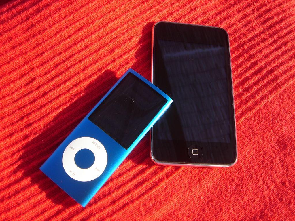 Både nye Ipod Nano og Touch har fått mer avrundede former