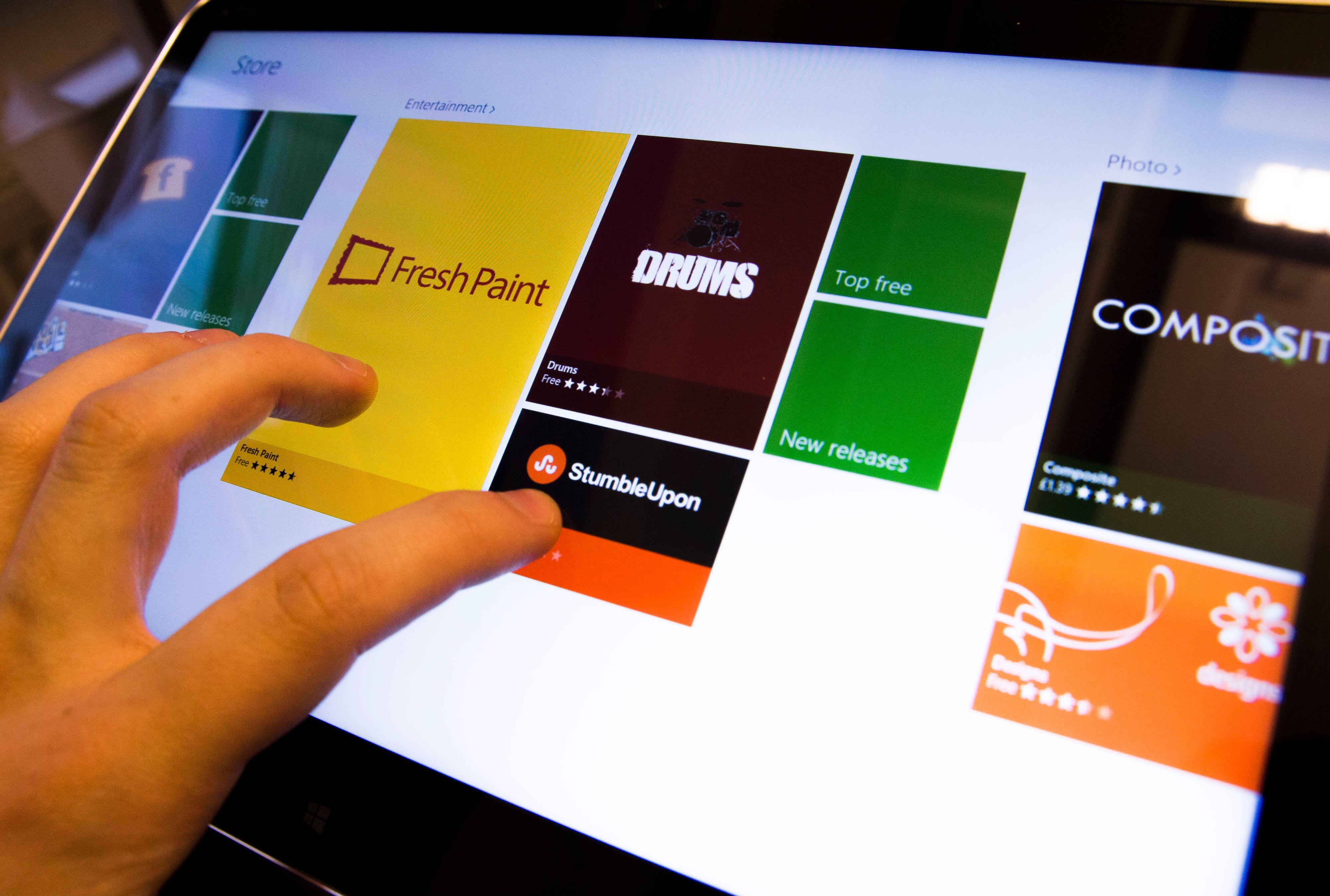 Applikasjonsbutikken er oversiktlig og lett å navigere seg rundt i, spesielt hvis du bruker fingeren.Foto: Hardware.no