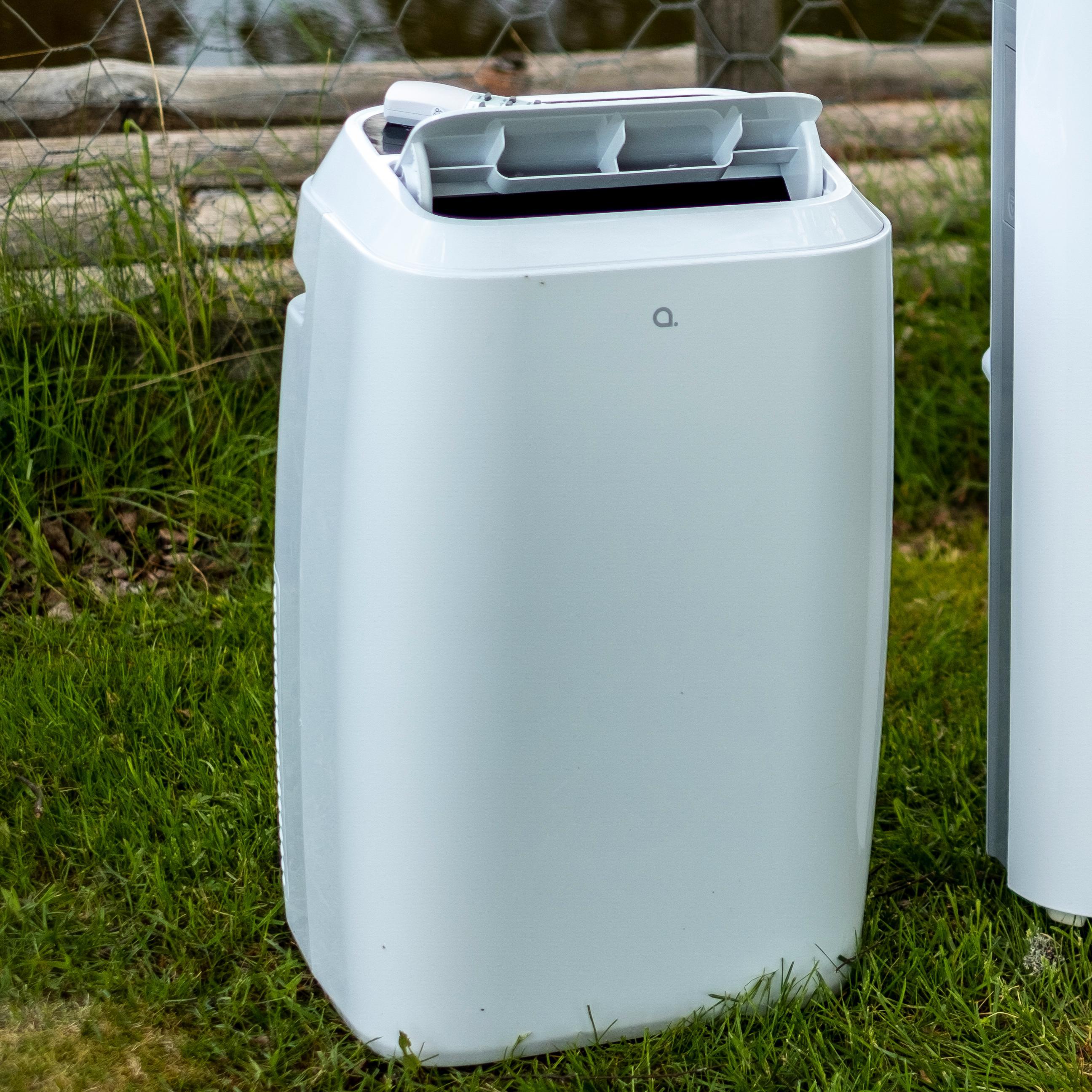 Andersson-maskinen er liten og relativt lett. Den er fin til å flytte inn og ut av boden med været og sesongene.