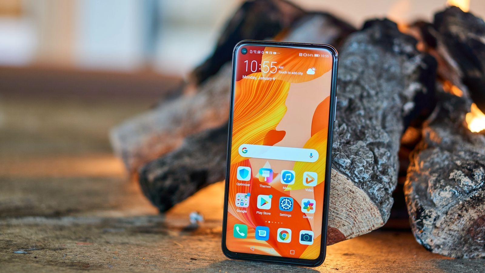 Huawei Nova 5T er en utmerket telefon som er relativt rimelig og har alt du trenger.