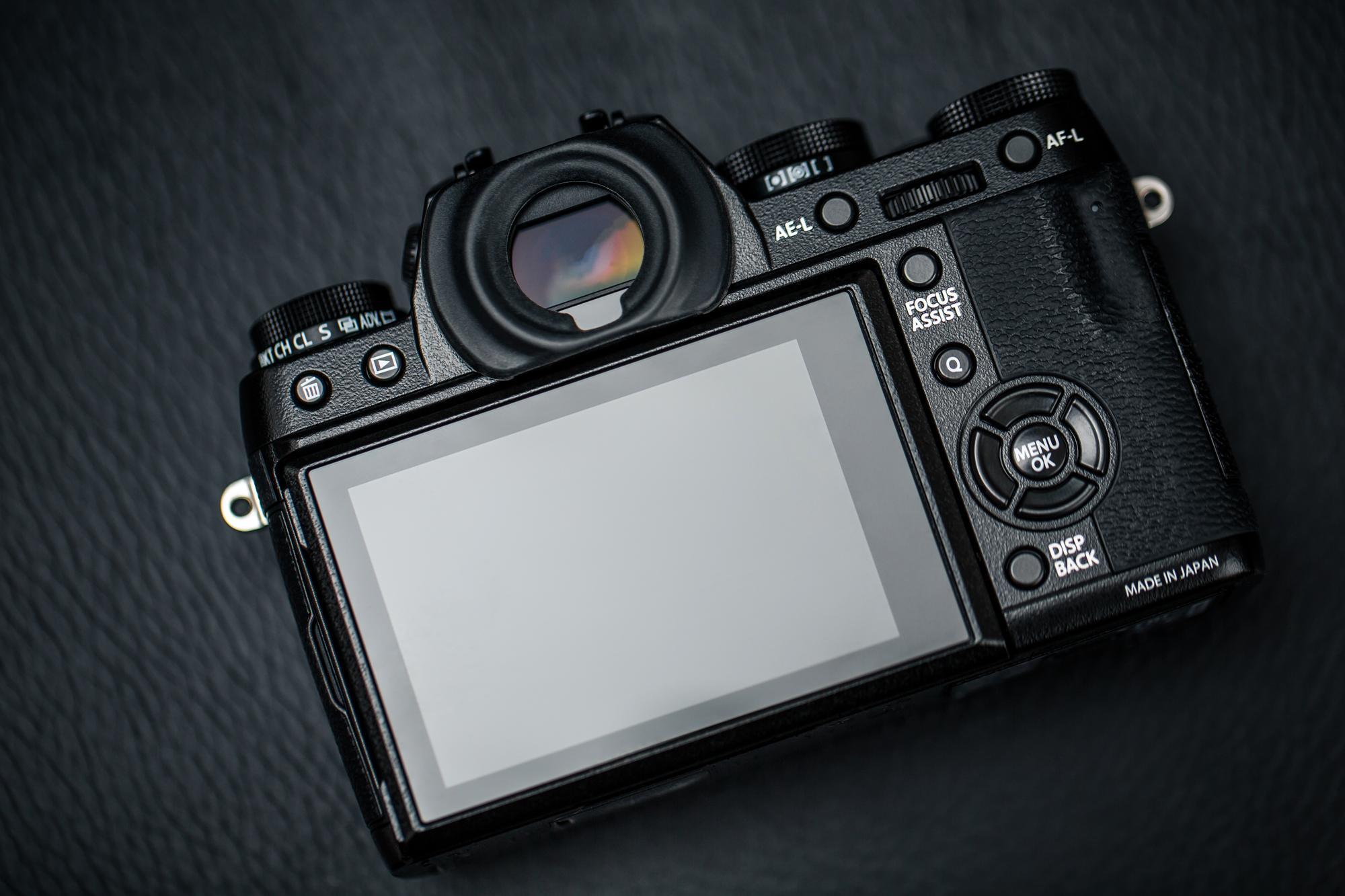 X-T1 har stor og fin skjerm. (Foto: Johannes Granseth)