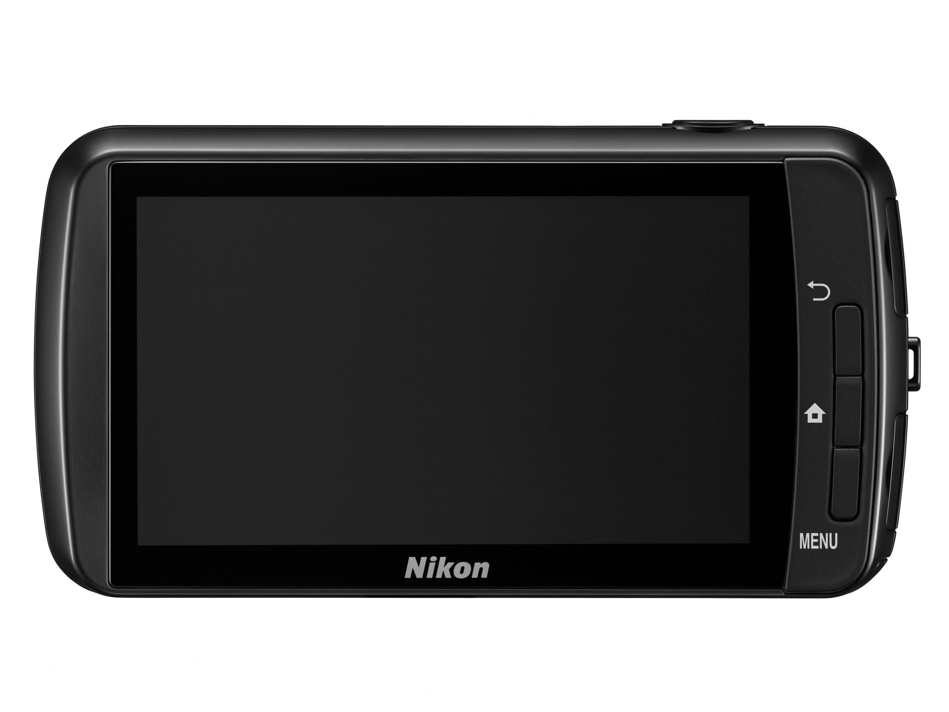 Nikon Coolpix S800c har stor og god touchskjerm for å kjøre Android-operativsystemet.Foto: Nikon