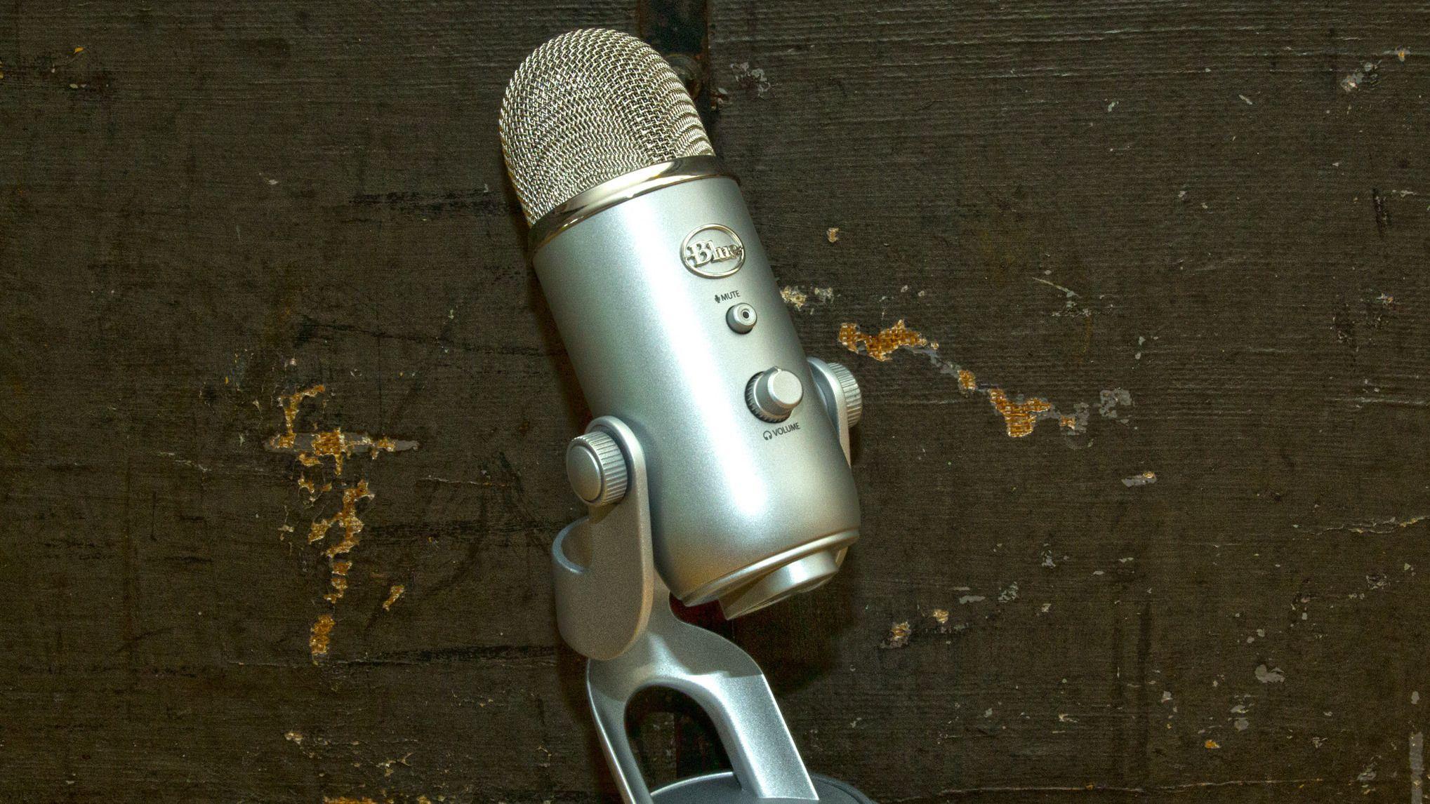 Blue Microphones Yeti USB Microphone
