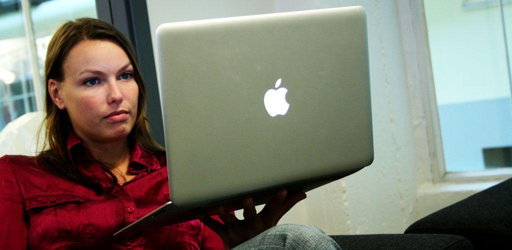 """Ultraportable MacBook Air. Dette er den """"gamle"""" utgaven."""