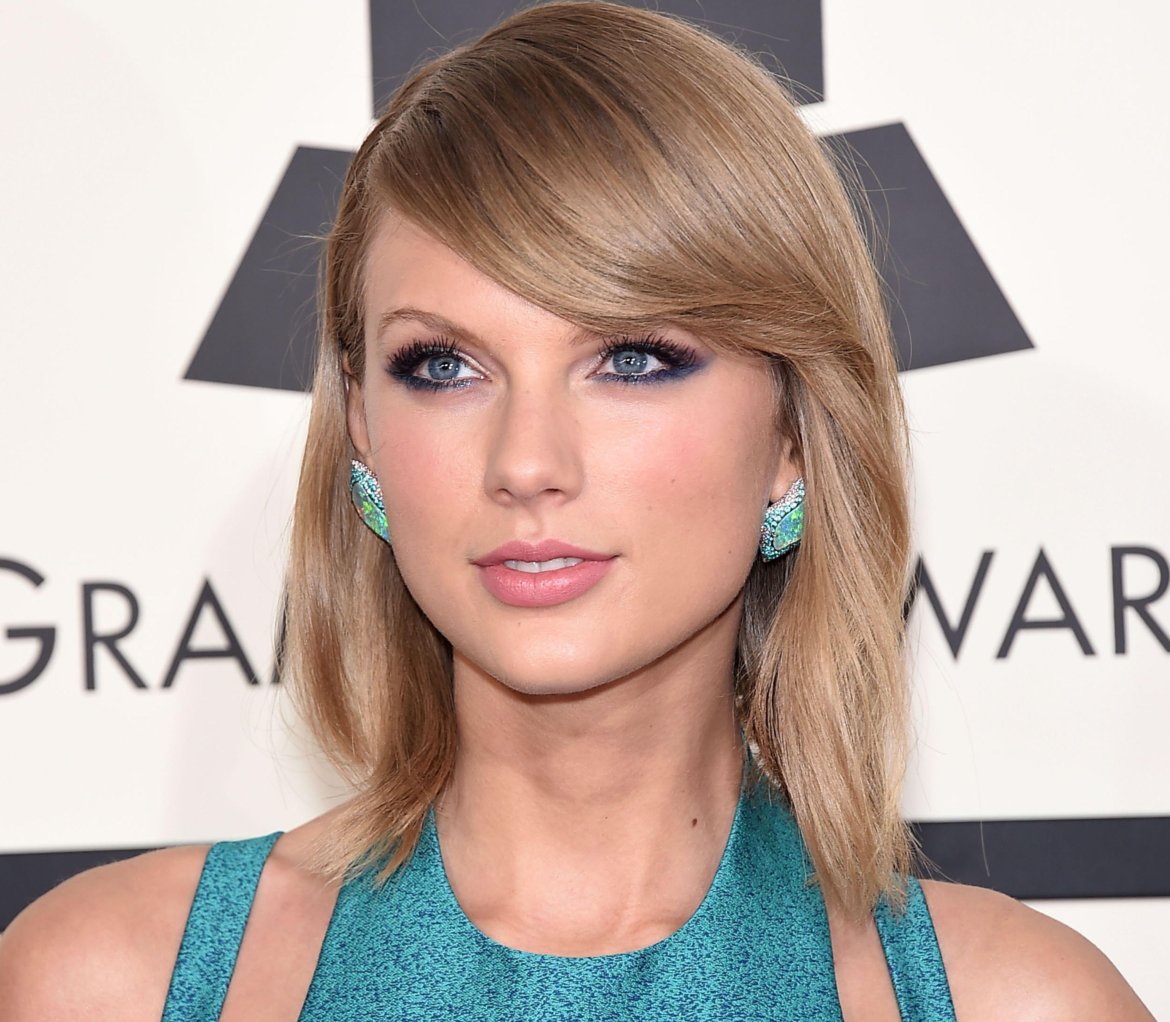 Taylor Swift truet med å trekke platen sin, 1989, fra Apple Music da selskapet ikke ville betale artistene i prøveperioden. Foto: DFree / Shutterstock.com