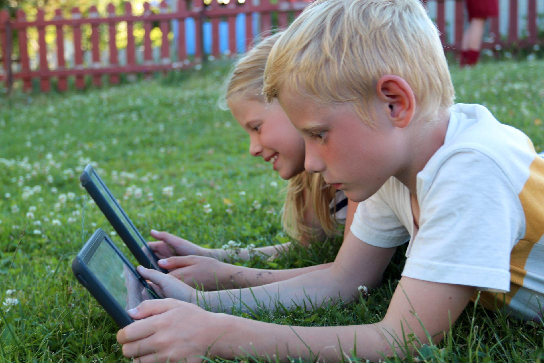 – Barna og ungdom får nesten aldri nok data, sier eksperten.