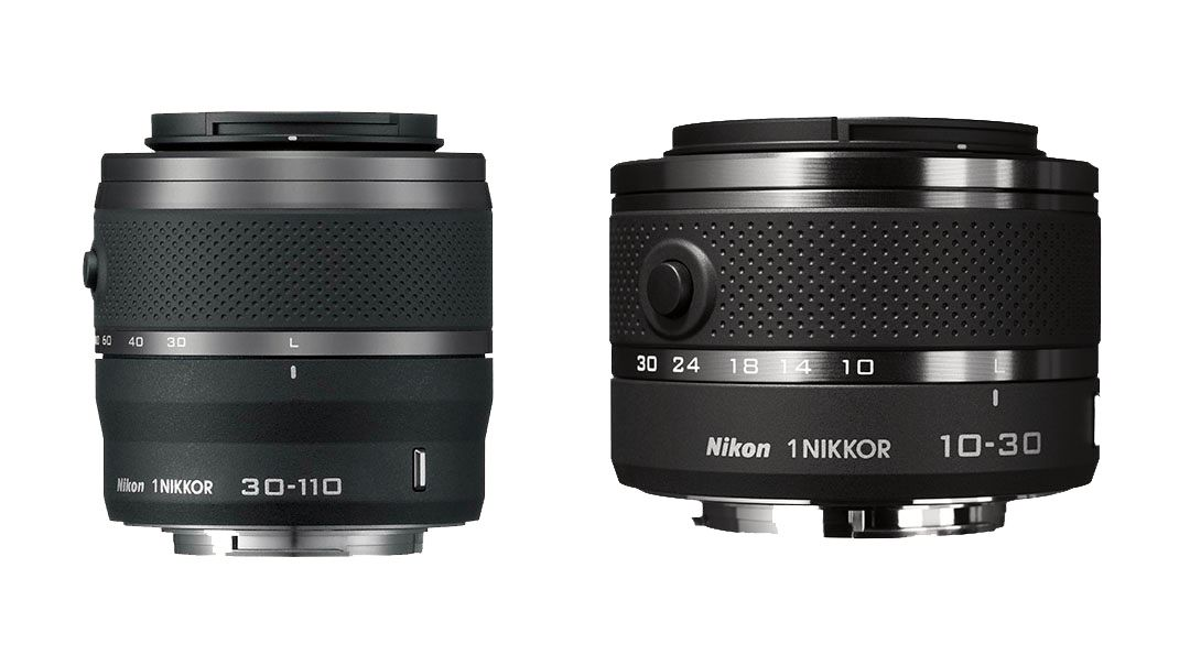 Nikon 1 Nikkor VR 30-110 mm f/3.8-5.6 og Nikon 1 Nikkor VR 10-30 mm f/3.5-5.6.