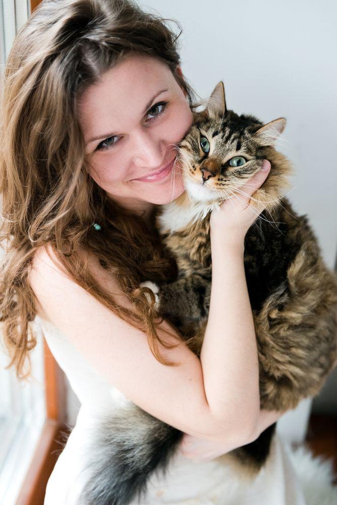 Eier du en katt, så er du i faresonen for å se kattevideoer også. Men det kan jo faktisk være bra, ifølge studien. Foto: Shutterstock