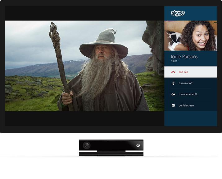 Med Xbox One skal du kunne se på TV og gjøre andre ting samtidig. Foto: Microsoft