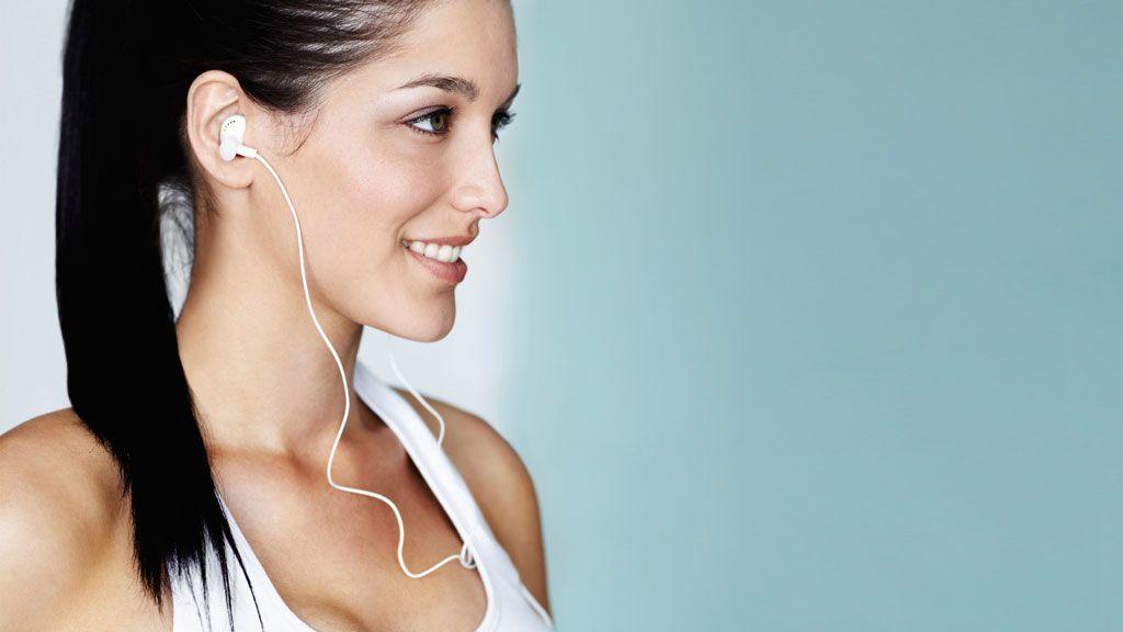 Disse ørepropp-triksene kan være spesielt nyttige når du trener. (Illustrasjonsbilde).