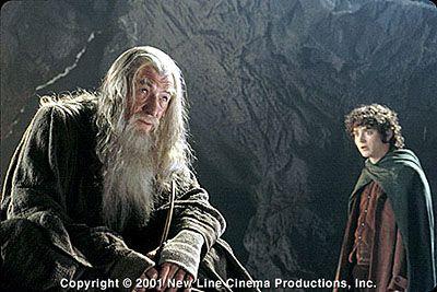"""Sir Ian McKellen er klar til å ta på seg de grå klærne dersom han blir bedt om det til filmen """"Hobbiten""""."""