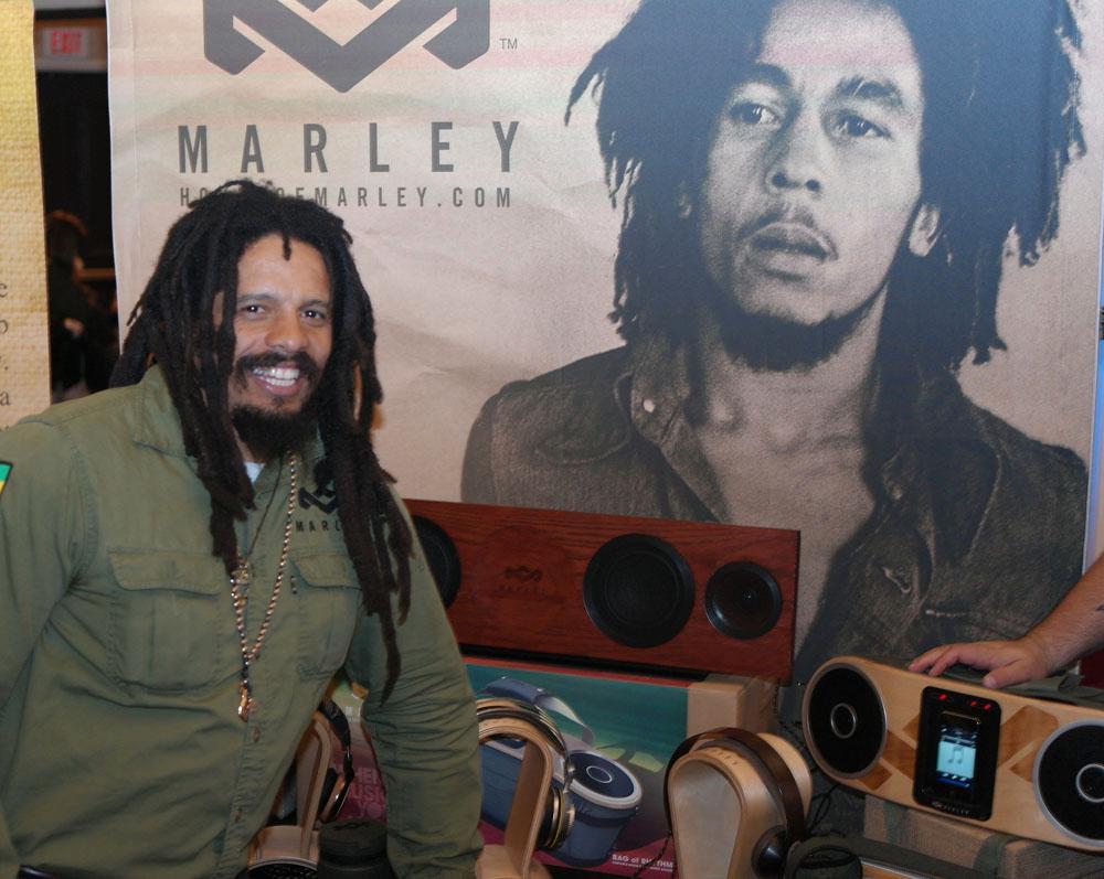 Mobiltilbehør til ære for Bob Marley.
