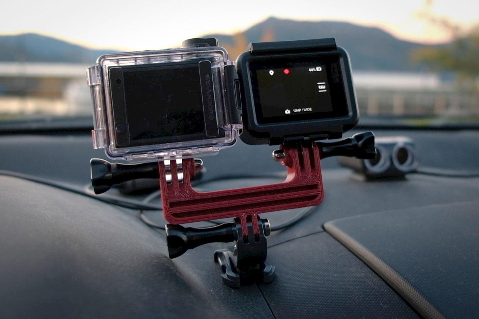Vi har sammenlignet stemmestyringen med Garmin Virb Ultra 30, og sjekket hvor mye bakgrunnsstøy de tåler fra for eksempel vifteanlegg og radioen i bilen.