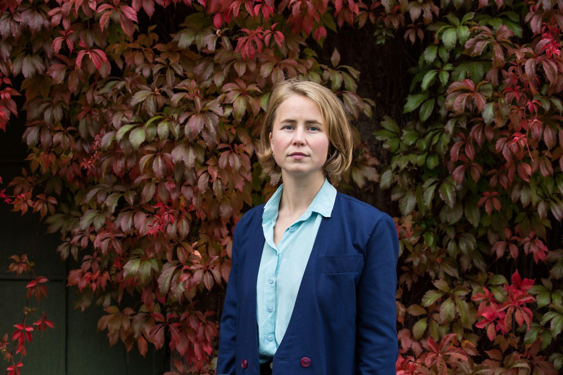 ETTERLYSER BEDRING: Anja Bakken Riise, leder i Framtiden i våre hender, vil at atferden der vi kjøper ny telefon når vi ikke må til livs.