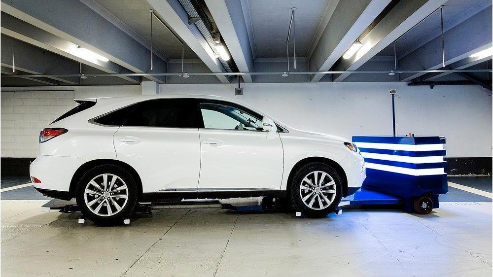 Denne roboten kan snart parkere bilen din