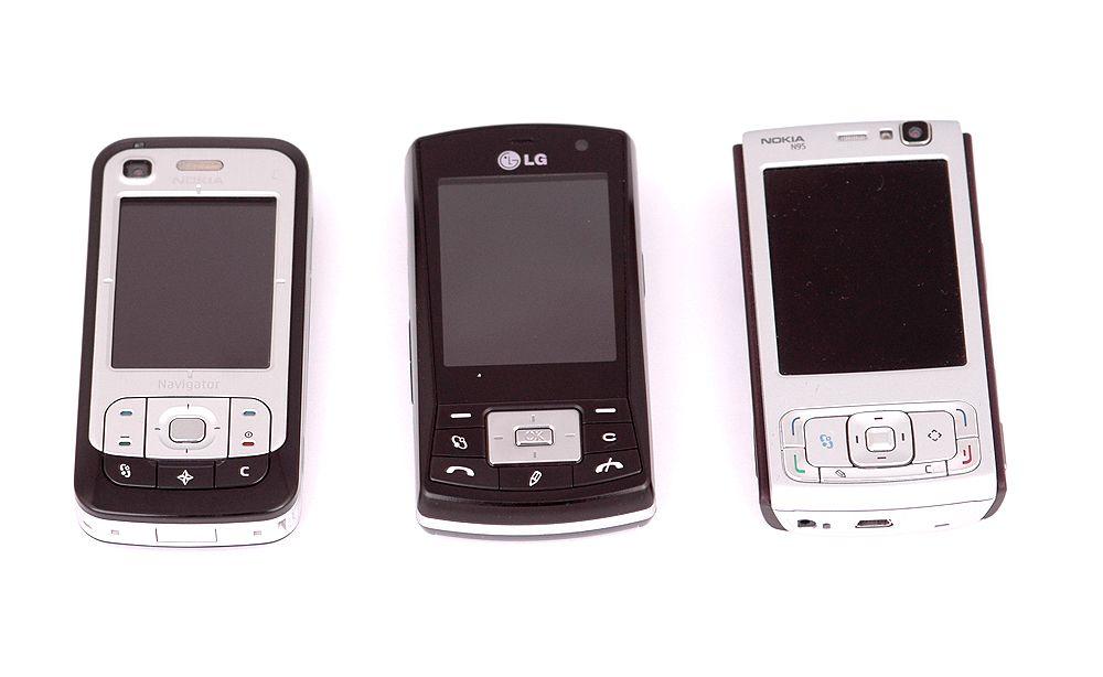 KS10 er på størrelse med andre moderne Series 60-telefoner.