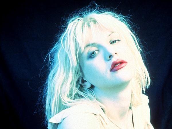 Courtney Love er hjemsøkt av skandaler.