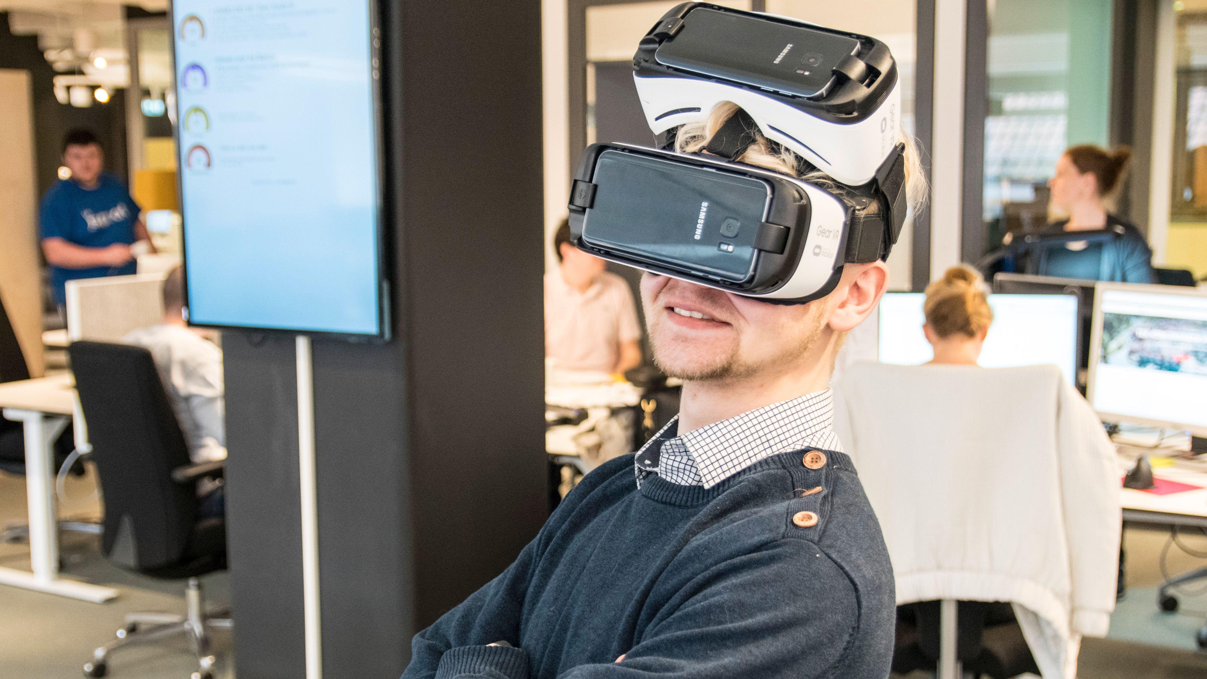 Er det forskjell på Galaxy S7 Edge og Galaxy S7 når de brukes i VR-briller?