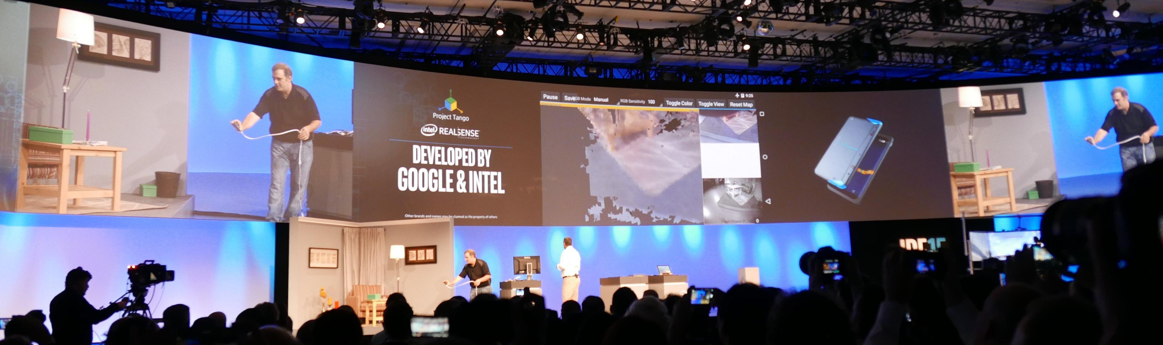 Googles Project Tango med Intel RealSense. Foto: Vegar Jansen, Tek.no