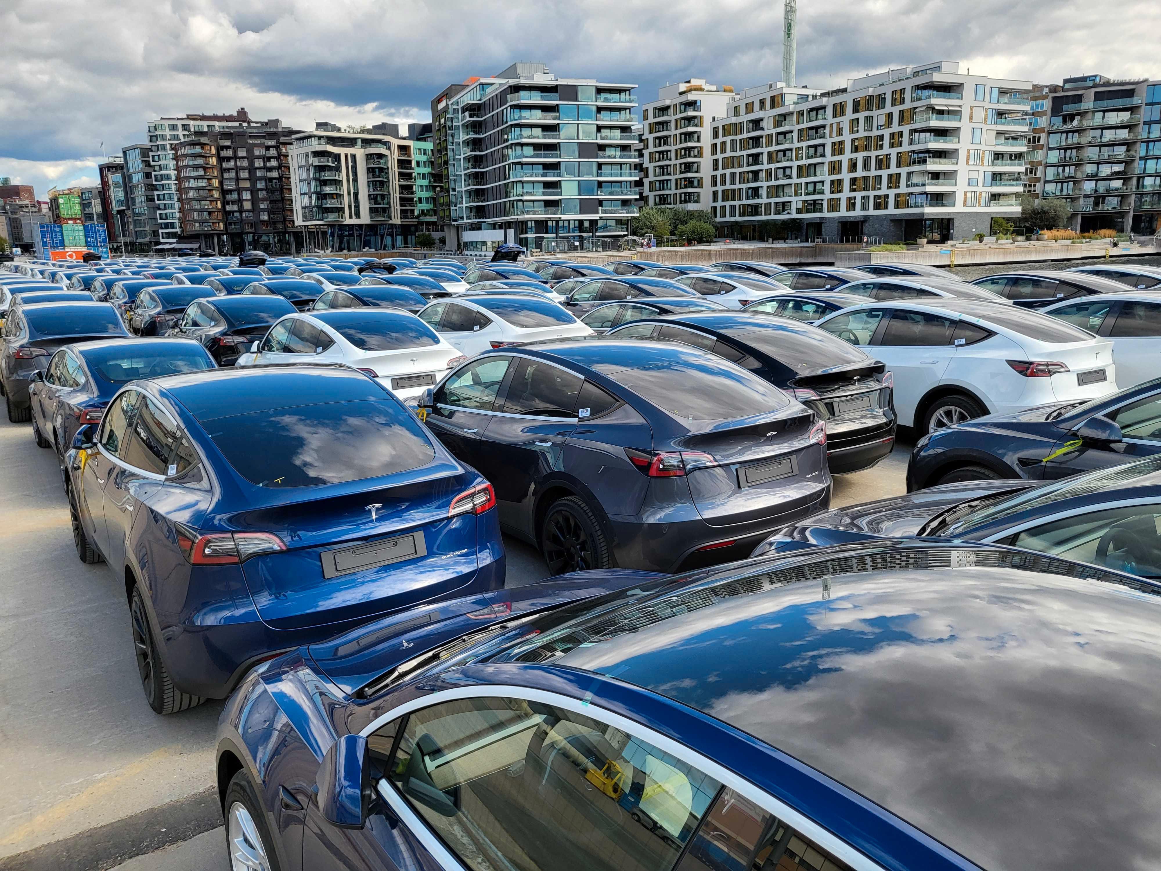 Slik så det ut da Teslas Model Y ankom Oslo i august.