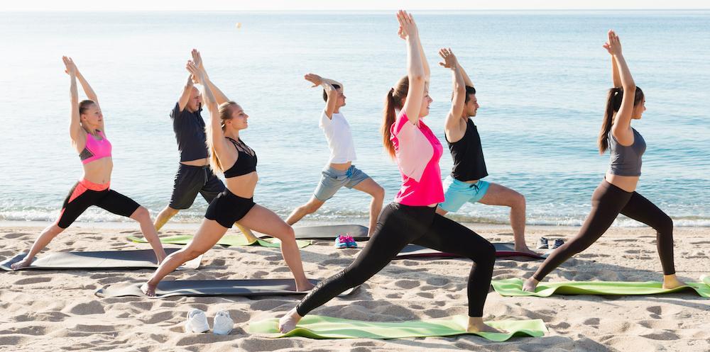 Yogaresor allt populärare.